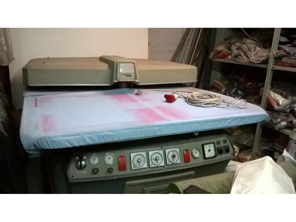Presse tessili in vendita